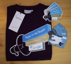 Tee-Shirt Jimdo avec les flyers et autocollants